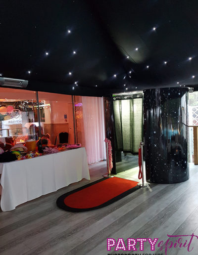 Photo Booth for hire, Reading, Ascot, Slough, Windsor, Wokingham, Maidenhead
